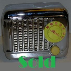 Vintage Arvin Bakelite Radio